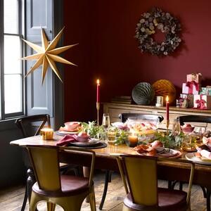 Πώς θα στολίσεις το τραπέζι σου για το χριστουγεννιάτικο ρεβεγιόν