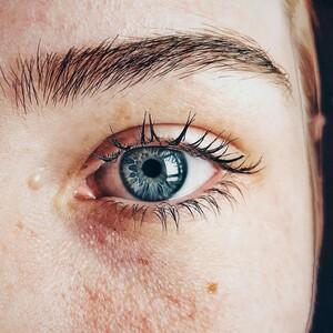 Πόσοι άνθρωποι έχουν πραγματικά μπλε μάτια;