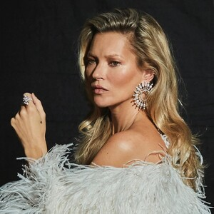Η Kate Moss συνεργάζεται με τον οίκο κοσμημάτων Messica για μια καταπληκτική συλλογή