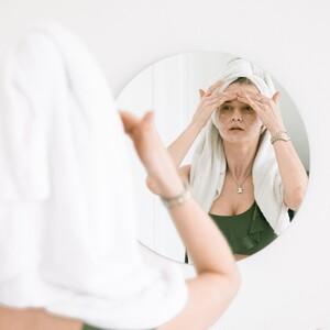 Tanaka: Η τεχνική που χαρίζει θεαματικά αντιγηραντικά αποτελέσματα στο δέρμα σου