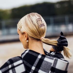 10 ultra chic χτενίσματα για μαλλιά μεσαίου μήκους