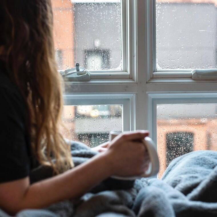 Γιατί ο ήχος της βροχής αποτελεί το ιδανικότερο «νανούρισμα»