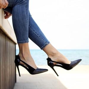 Το 28% των γυναικών θα εξαφάνιζαν ευχαρίστως αυτά τα παπούτσια από την ντουλάπα τους