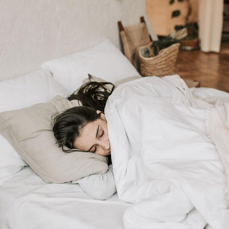 8 μυστικά που θα σε κάνουν να κοιμάσαι ήρεμα κάθε βράδυ